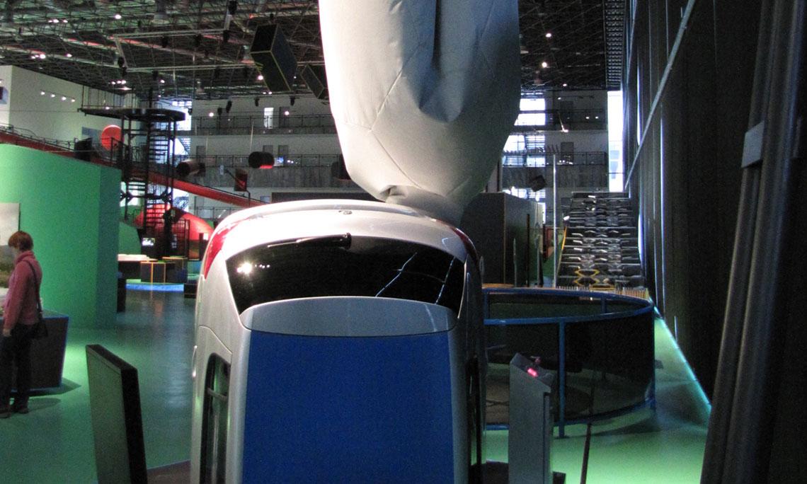 Automobil a emise